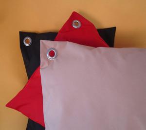1_eyelet_cushions